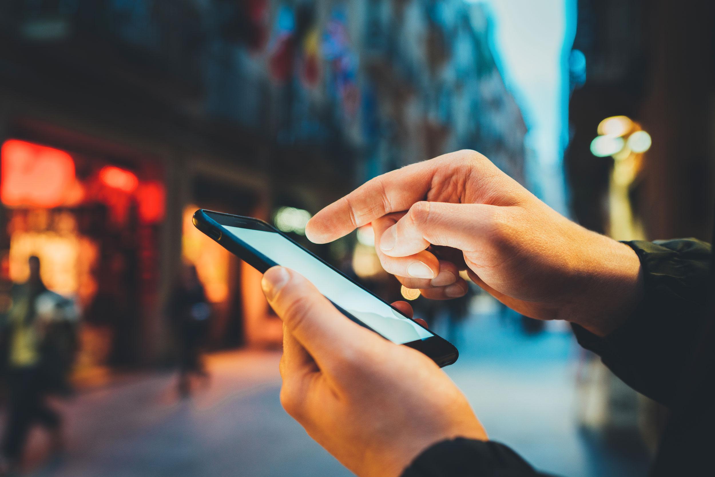Mobiles & Smart phones